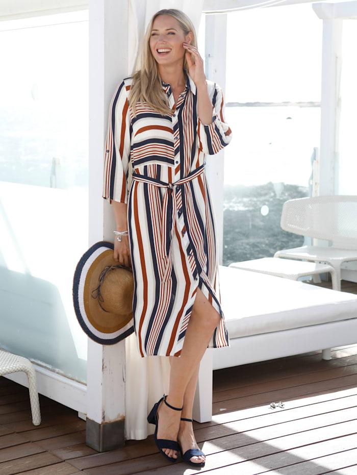 Kleid aus hochwertigem Blusenstoff