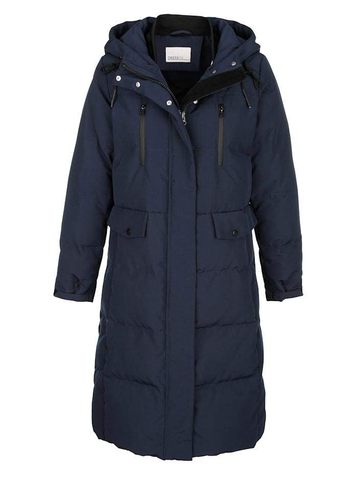 Prošívaný kabát v moderním střihu