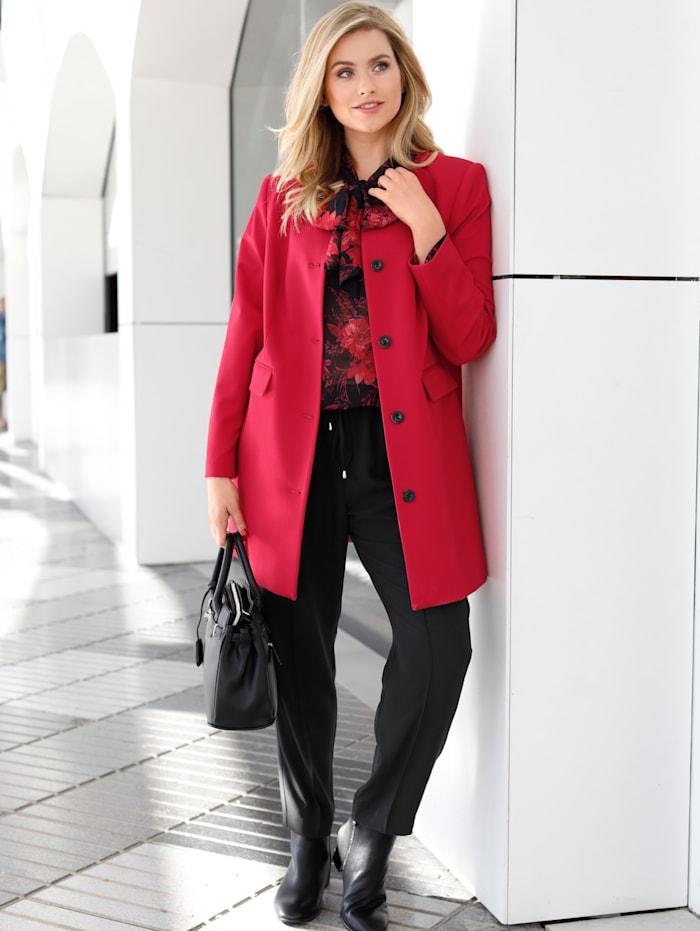 Sara Lindholm Gehrock mit Paßformnähten, Rot