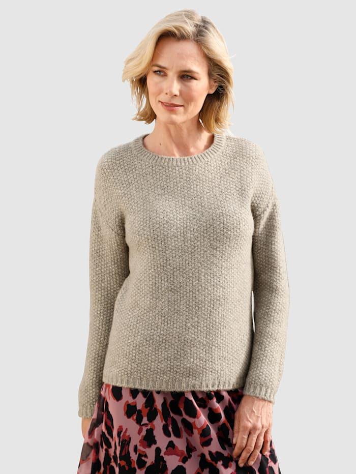 Pullover mit körniger Strickqualität