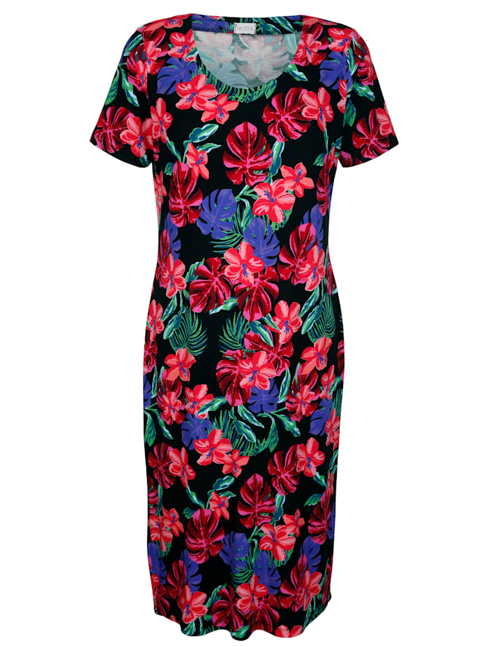 Dress with a fresh floral print