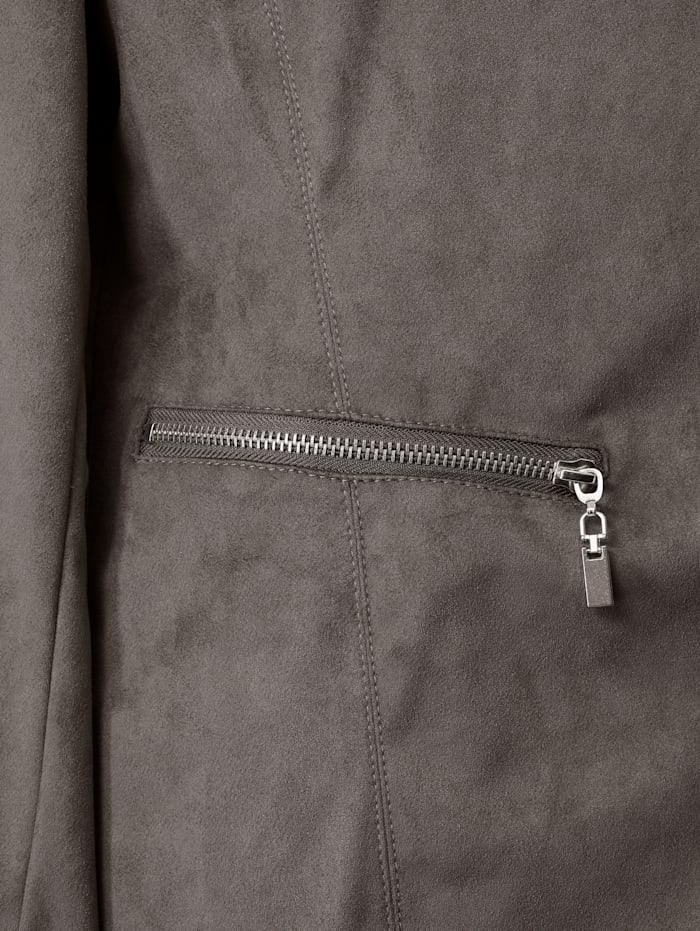 Veste en cuir synthétique avec poches