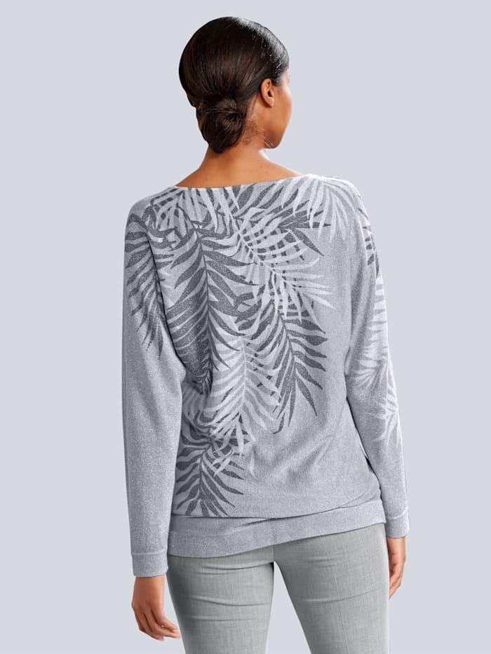 Pullover in leicht lässiger Form