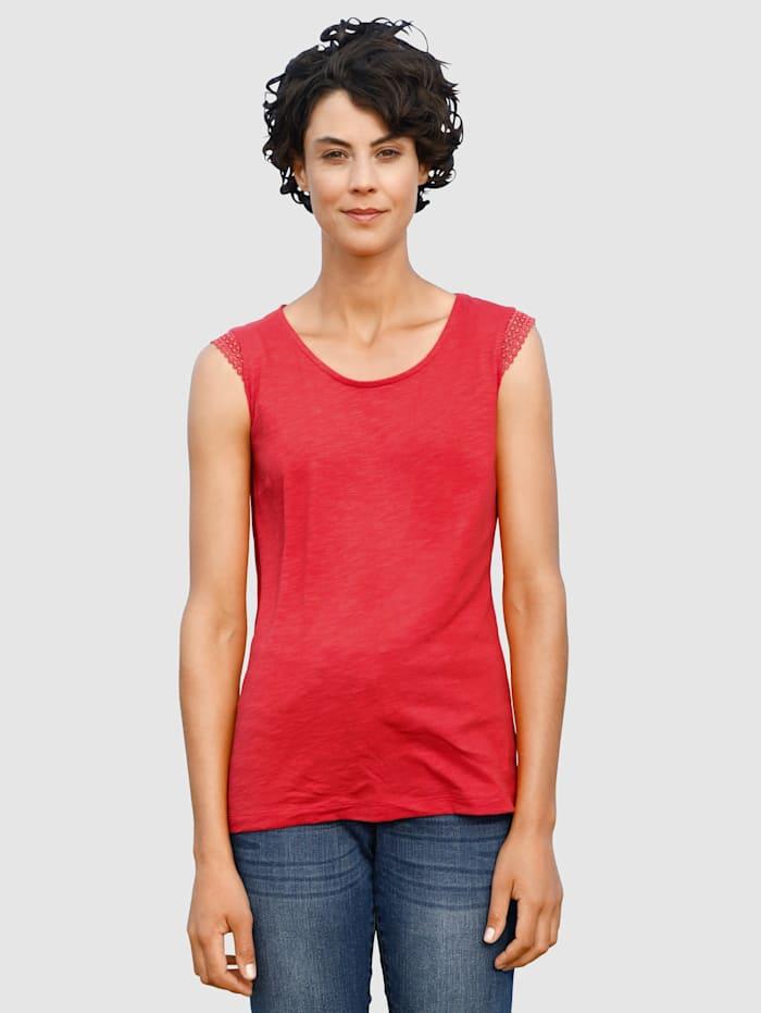 Dress In Top mit Crochettape am Arm, Rot