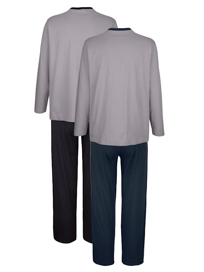 Pyjama's van comfortabel materiaal 2 stuks