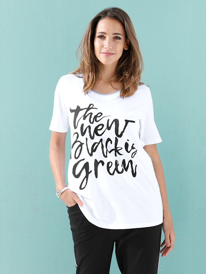 Shirt mit Schriftzug im Vorderteil