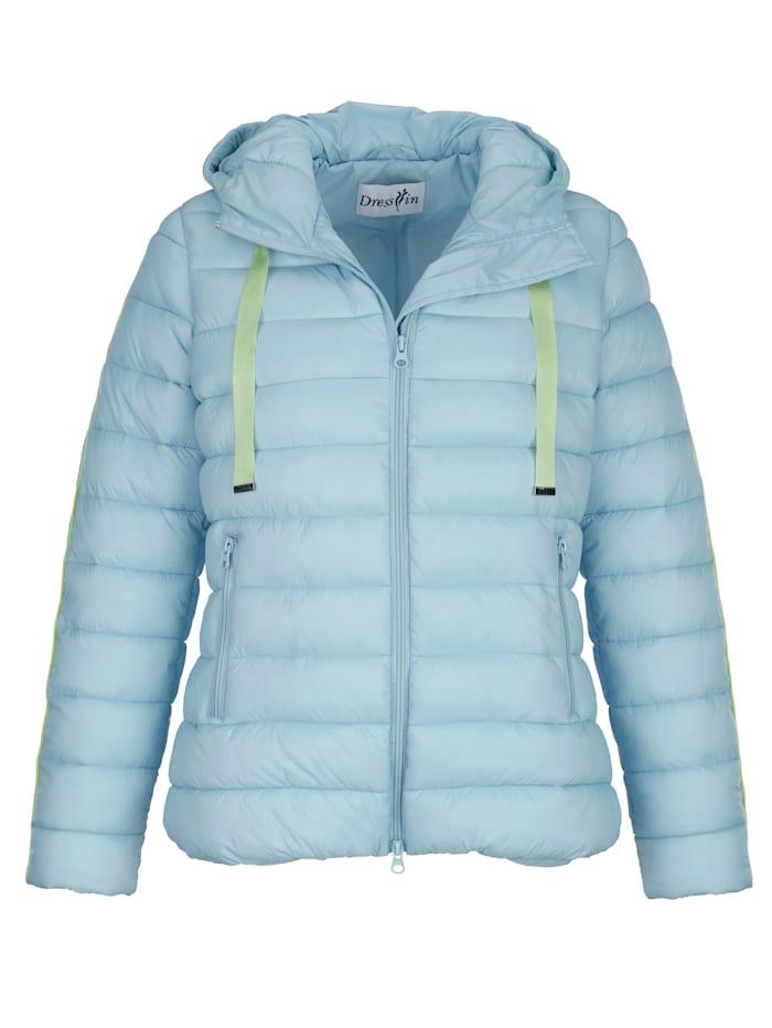 Gewatteerde jas met contrasterende details