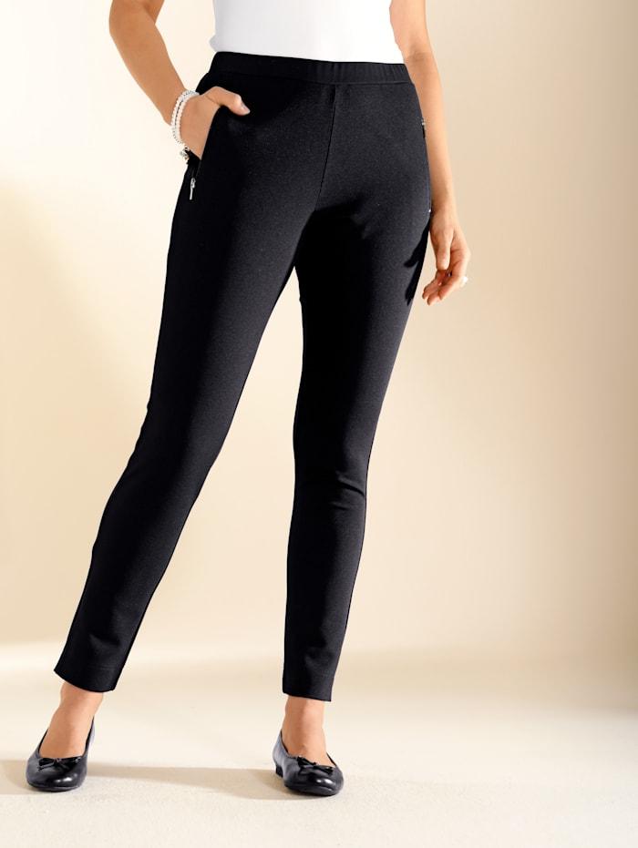 m. collection Pantalon 7/8 en crêpe souple, Noir