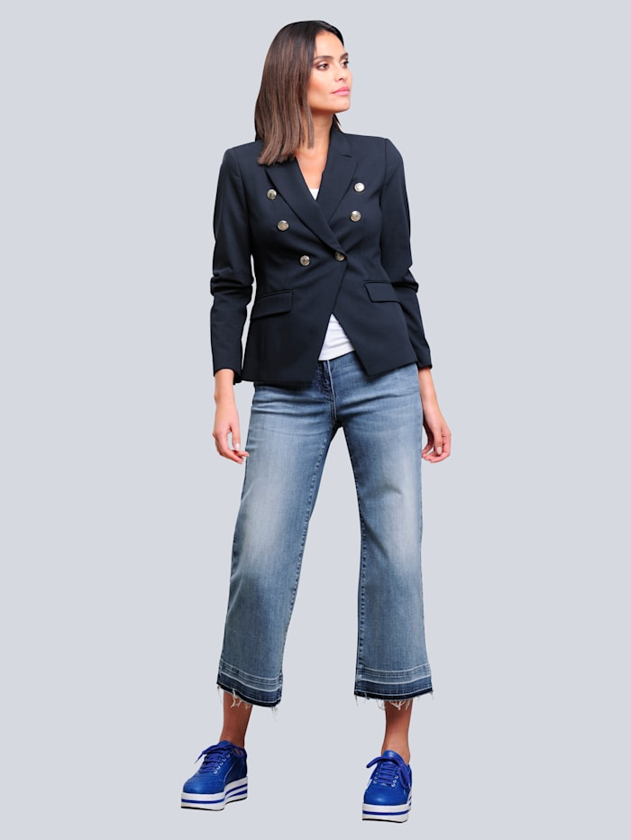 Jeans in modischer Culotte-Form