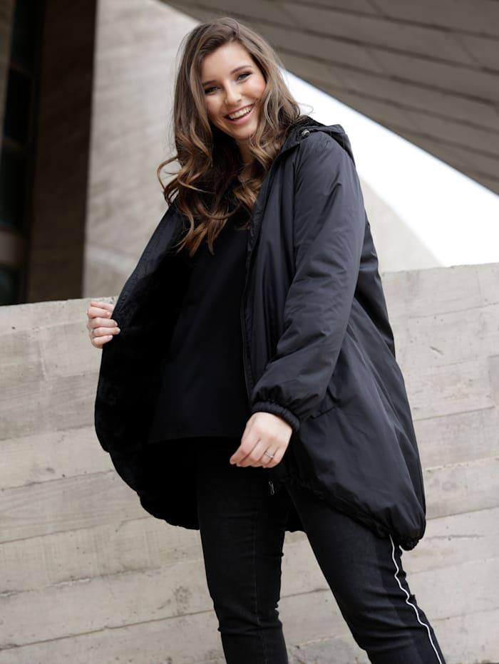 Sara Lindholm Jacke mit Futter aus Webpelz, Schwarz