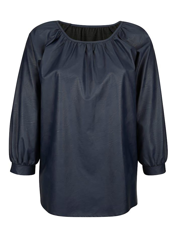 Bluse mit PU-Beschichtung