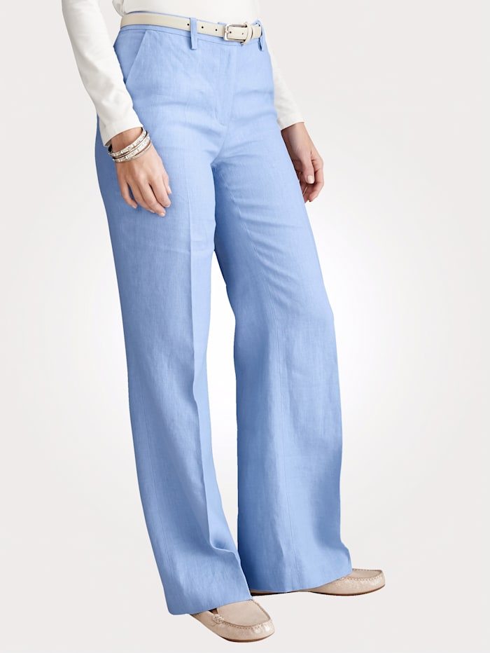 Classic leg trousers made of pure linen