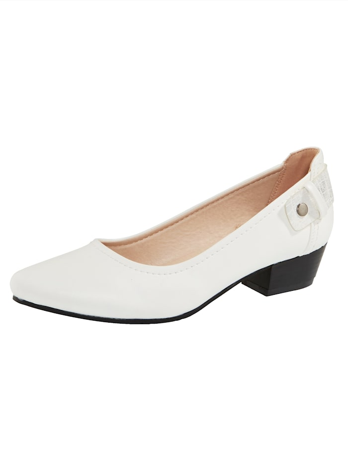 Liva Loop Court shoes with a pointed toe, White