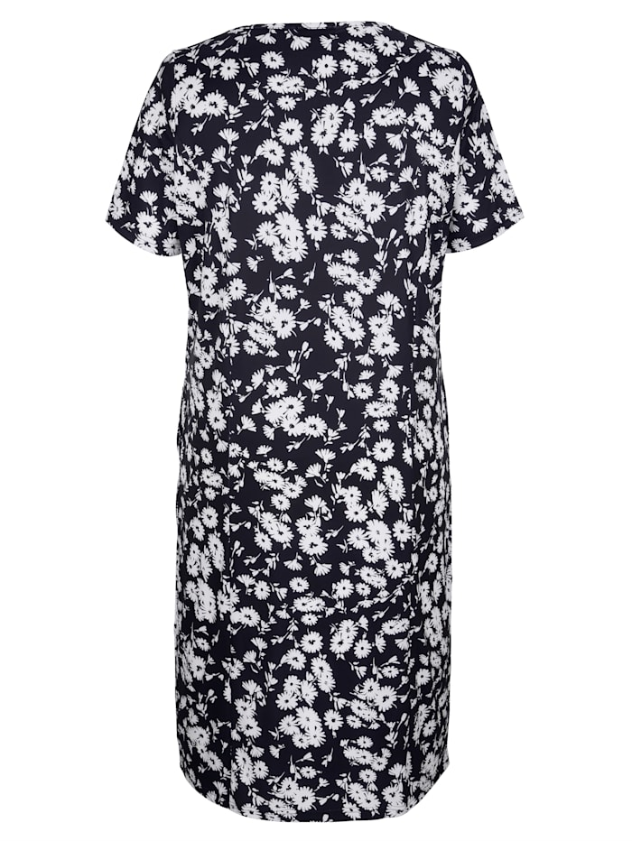 Jersey jurk met sierknopen aan de hals