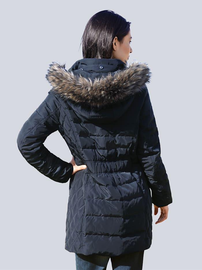 Prešívaná bunda s kapucňou