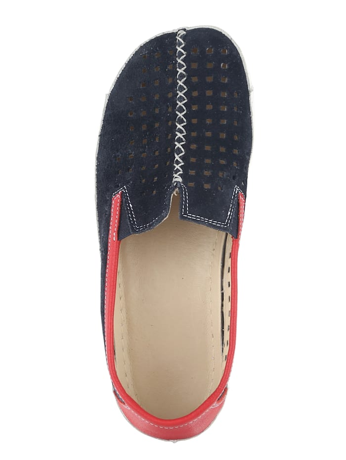 Slipper mit sommerlicher Perforation