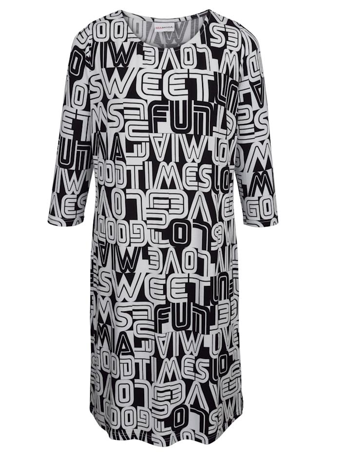 Jerseykleid mit graphischem Schrifte-Druck