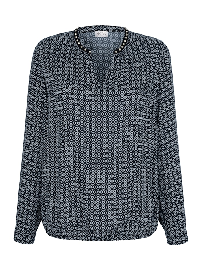 Blouse in a comfortable pull-on style