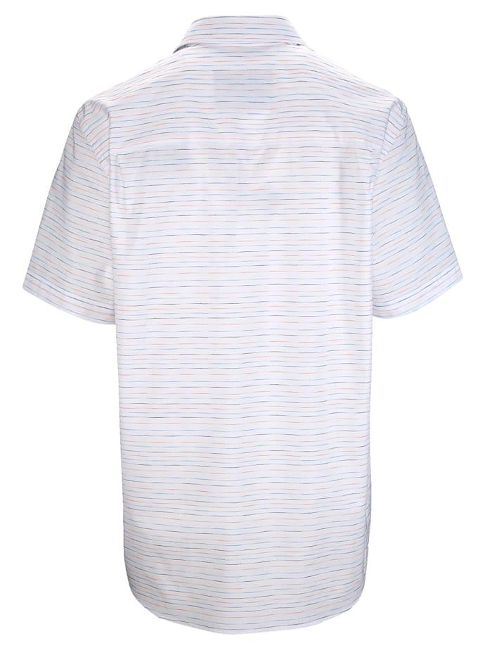 Košeľa s jemným prúžkovaným vzorom