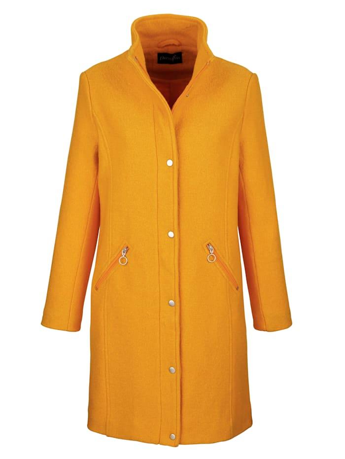 Mantel mit körnigem Griff