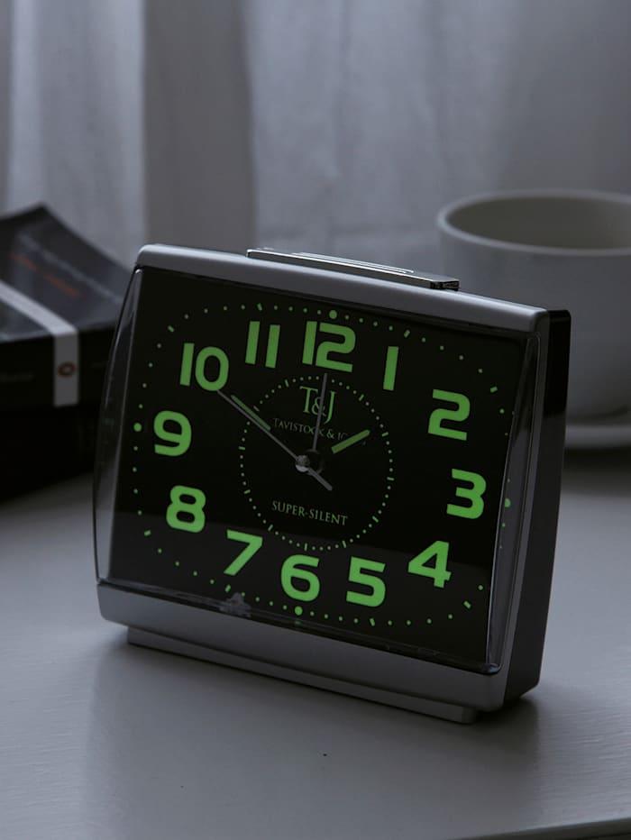 Väckarklocka med självlysande siffror . 2 stycken