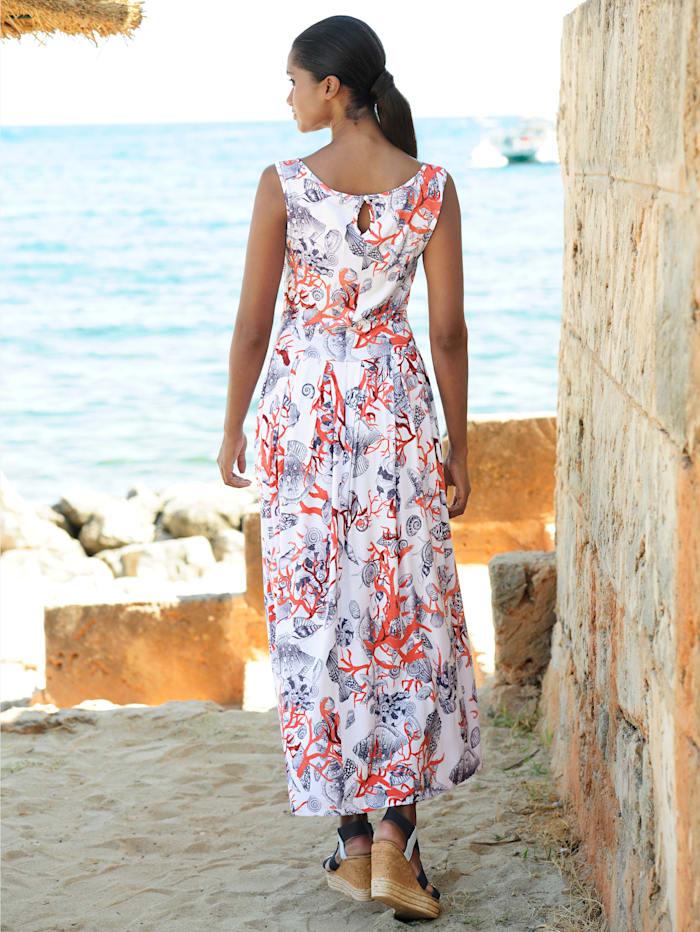 Strandkleid im maritimen Dessin