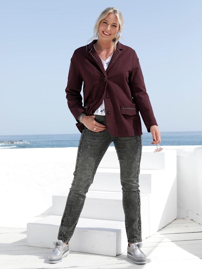 Jeans mit streckender Paillettenverzierung