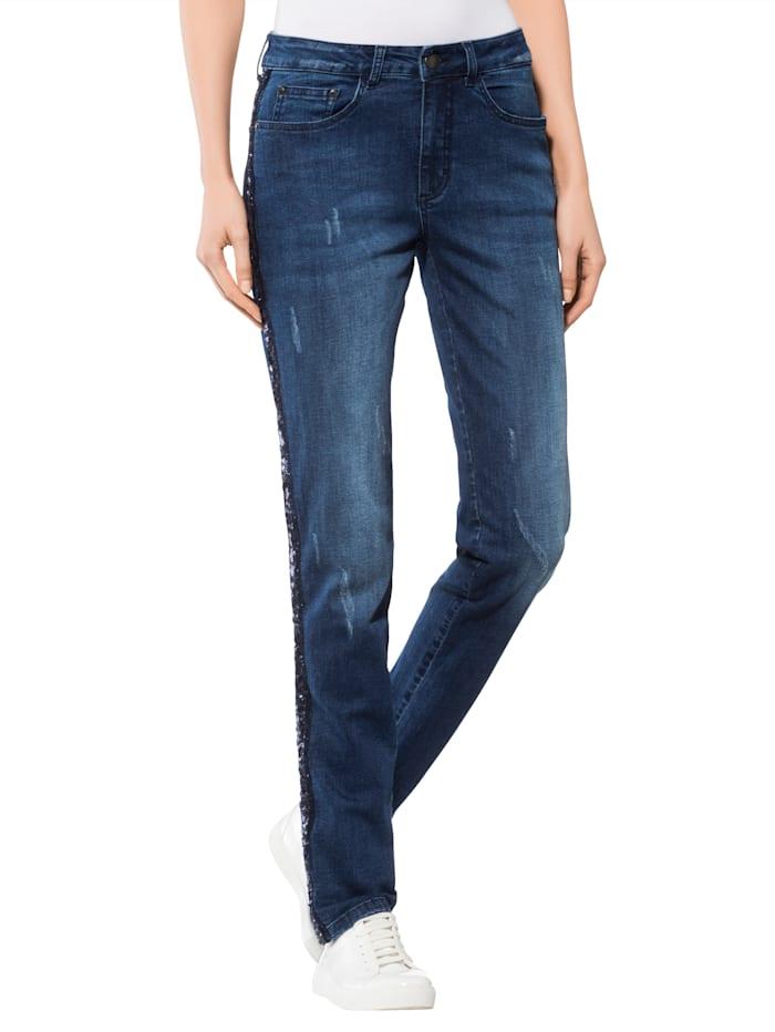 Jeans mit Paillettenband an der Außennaht