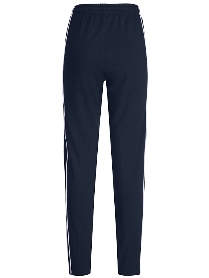 Leisure Trousers with chic contrasting piping
