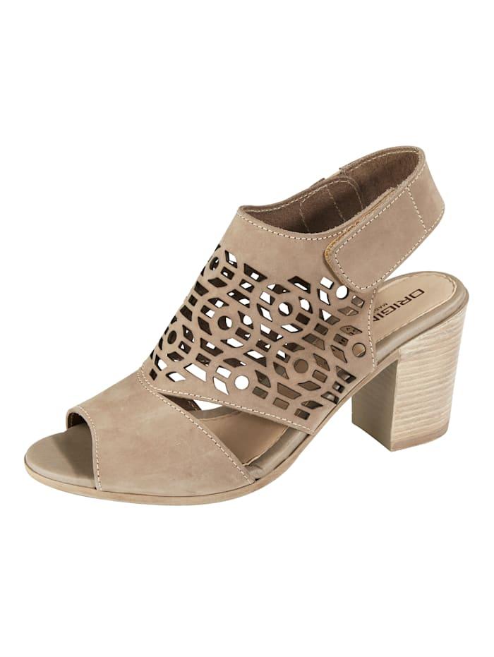Sandale mit luftiger Lochung