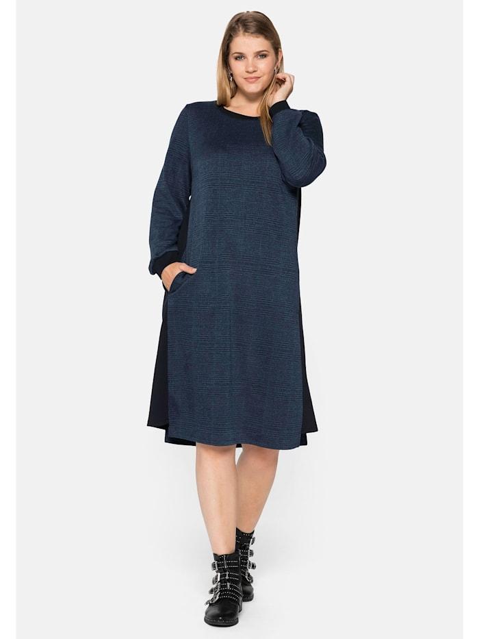 Sheego Sheego Kleid aus kariertem Jersey-  und unifarbenen Sweatmaterial, blau gemustert