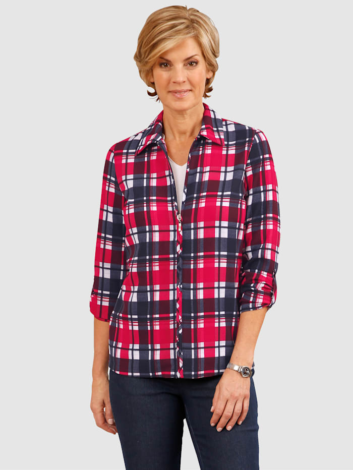 Blouse In an on-trend all-over glen-check pattern