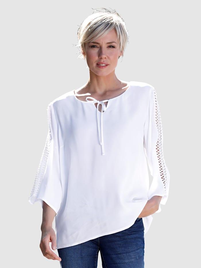 Dress In Bluse mit Crochettape Arm, Weiß
