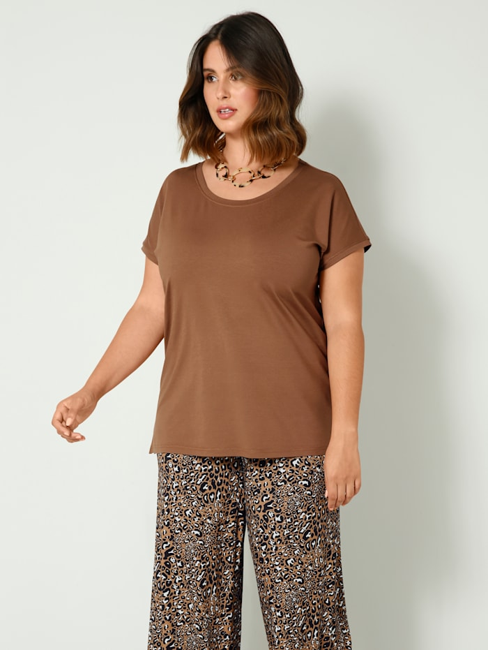 Sara Lindholm Shirt in losjesvallend model, Cognac