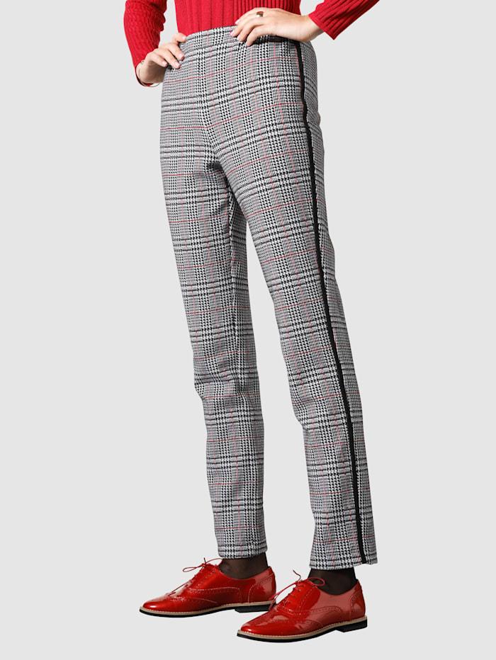 MONA Skottiruudulliset jerseyhousut, Musta/Valkoinen/Punainen