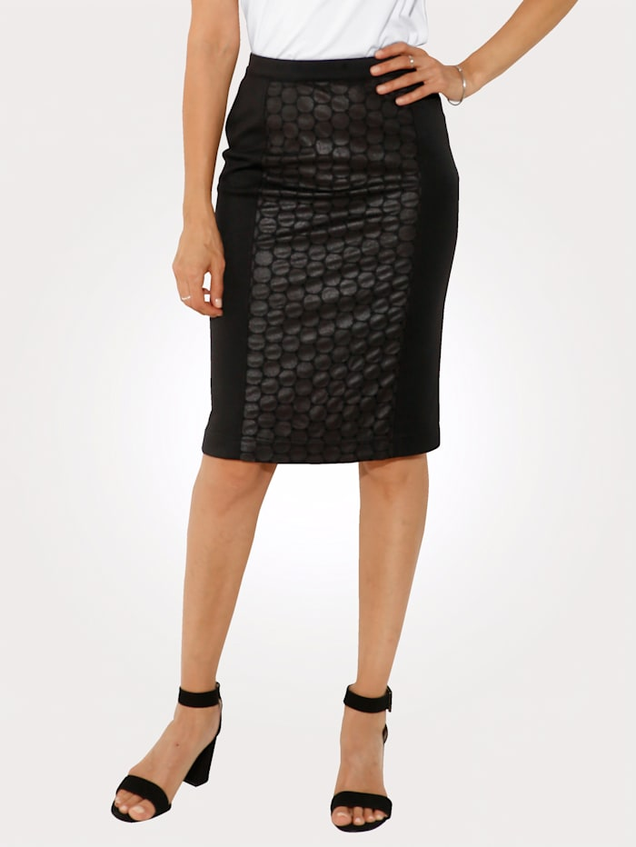 Skirt made from faux leather