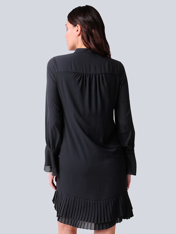 Kleid mit plissierter Rüsche