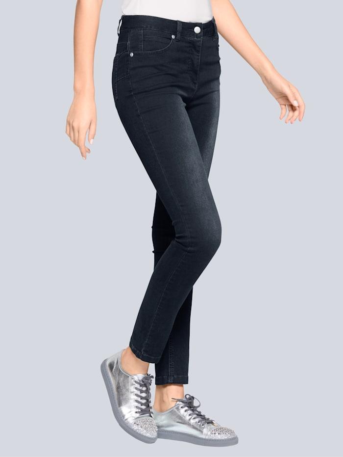 Jeans in flatterend model