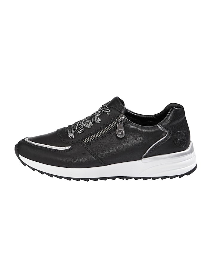 Trainers with soft insole