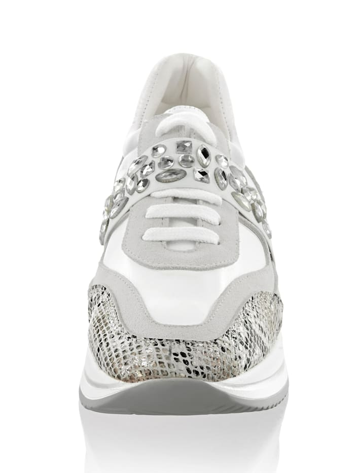 Sneaker aus Leder in verschiedenen Optiken