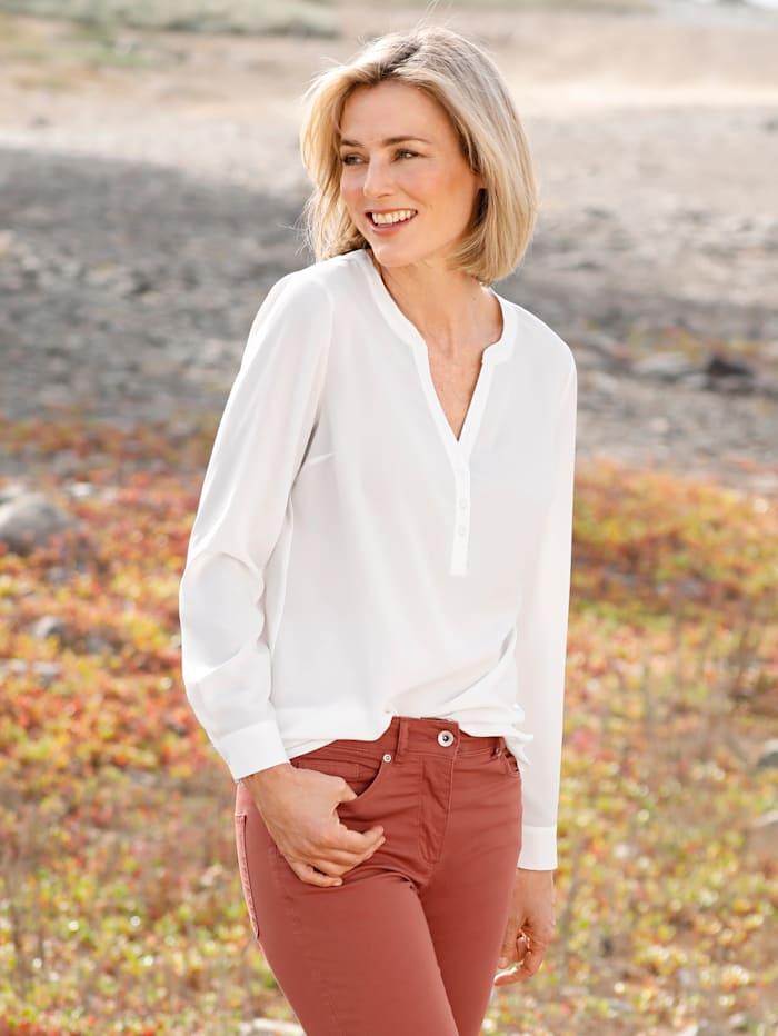 Dress In Bluse in fließender Qualität, Wollweiß