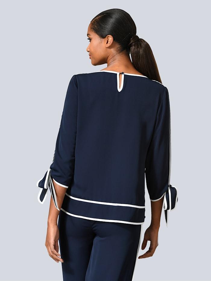 Bluse mit kontrastfarbenem Piping