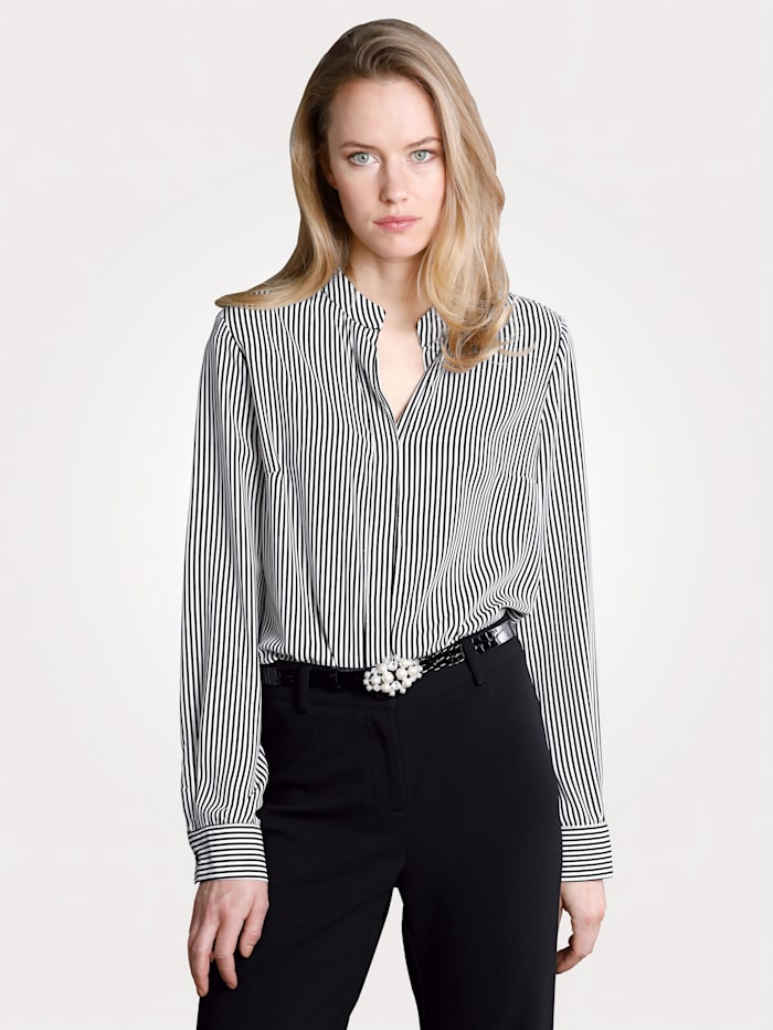Blouse with a striped pattern