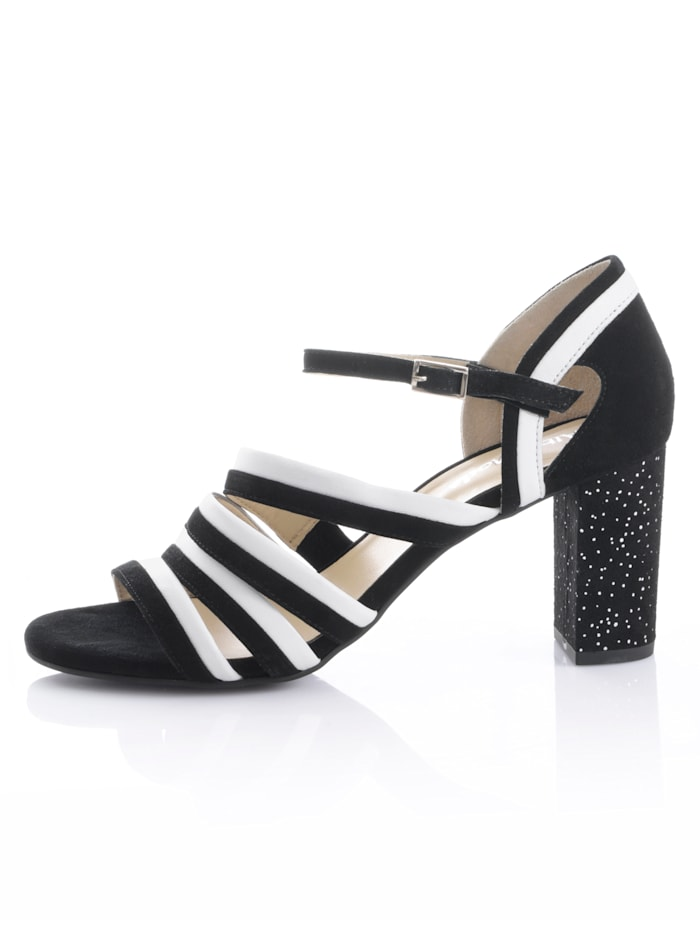 Sandaletter med mönstrad klack