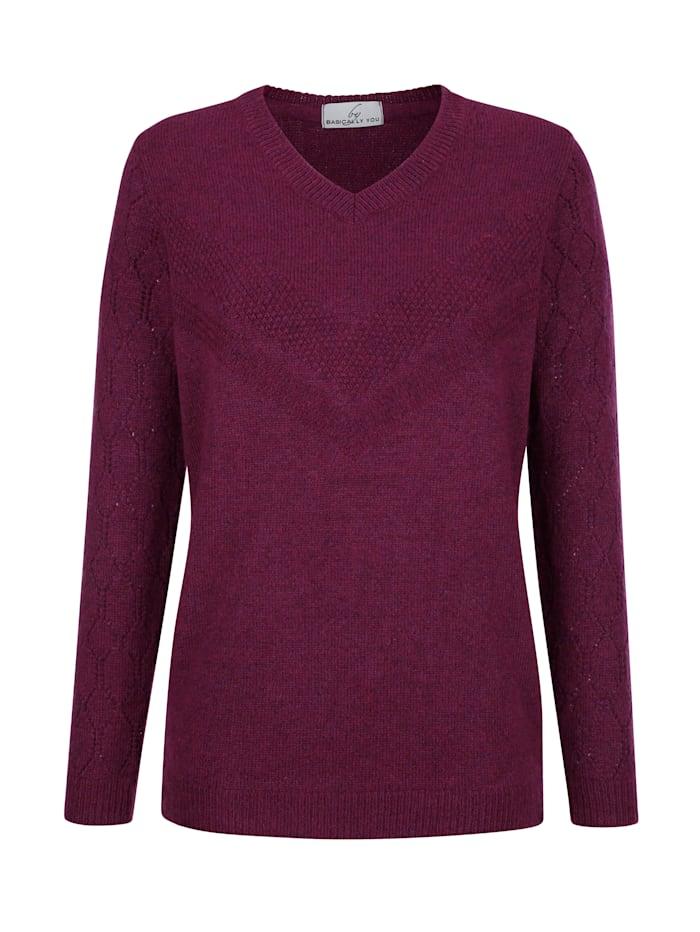 Pullover mit schönem Strickmuster