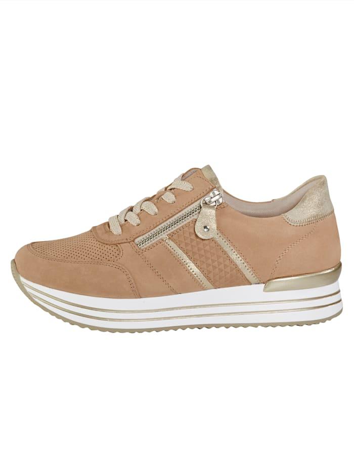 Sneakers med somrig perforering