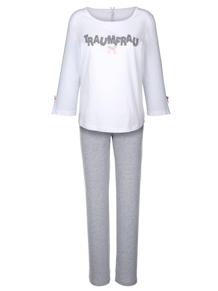 Pyjama met geborduurde applicatie
