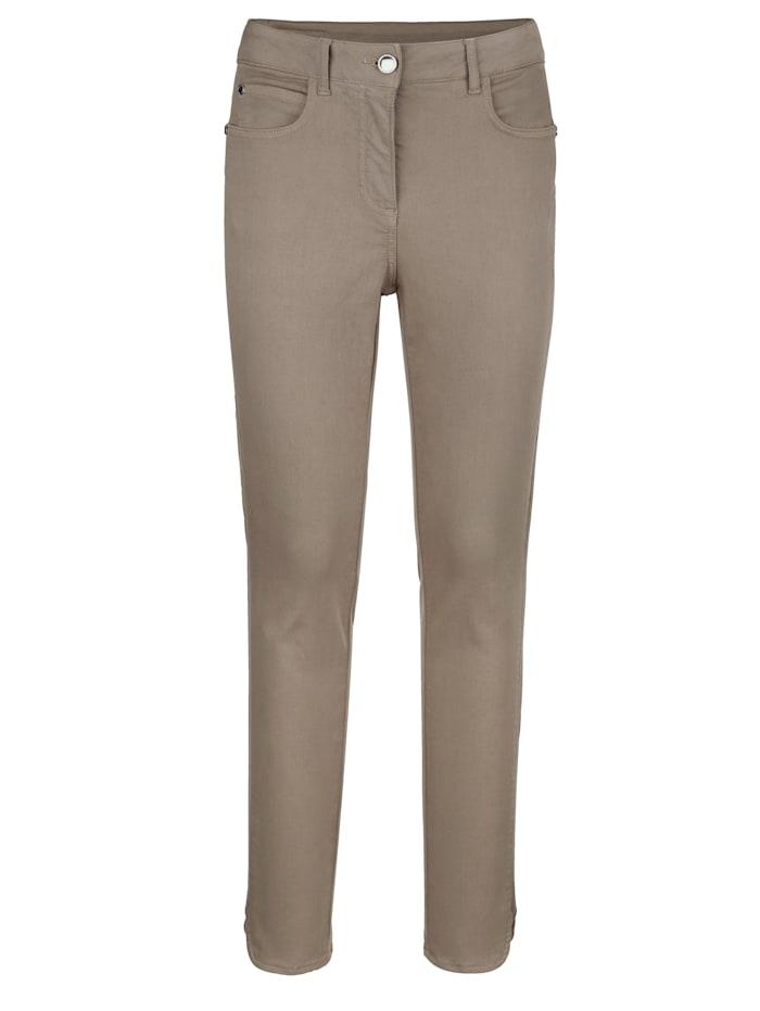 Kalhoty se zaobleným lemem