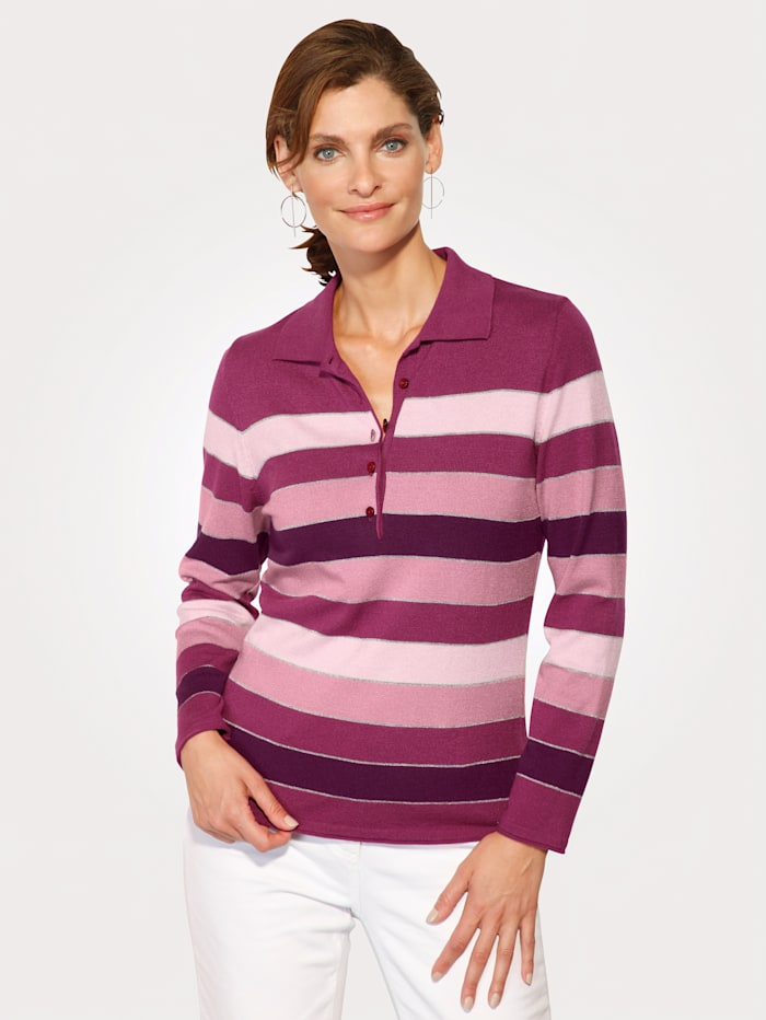 Jumper with a striped pattern