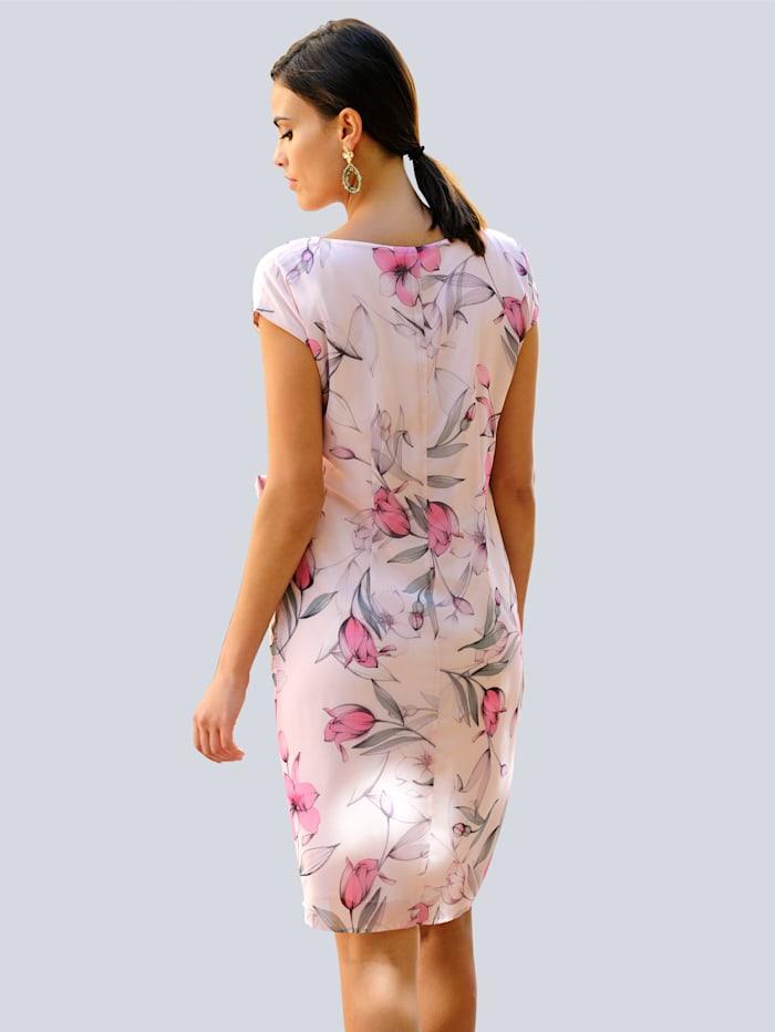 Kleid im floralem Dessin